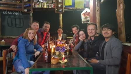 Coaching-Reise-Nepal-Kathmandu-welcome-dinner-Daniel-Hartig_wk