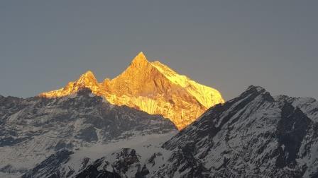 Coaching-Reise-Nepal-Machapuchare-Daniel-Hartig_wk