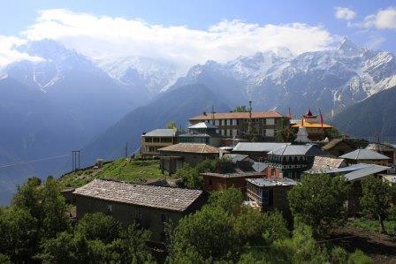 Coaching-Reise-Nepal-Mustang-Charang-Daniel-Hartig_wk
