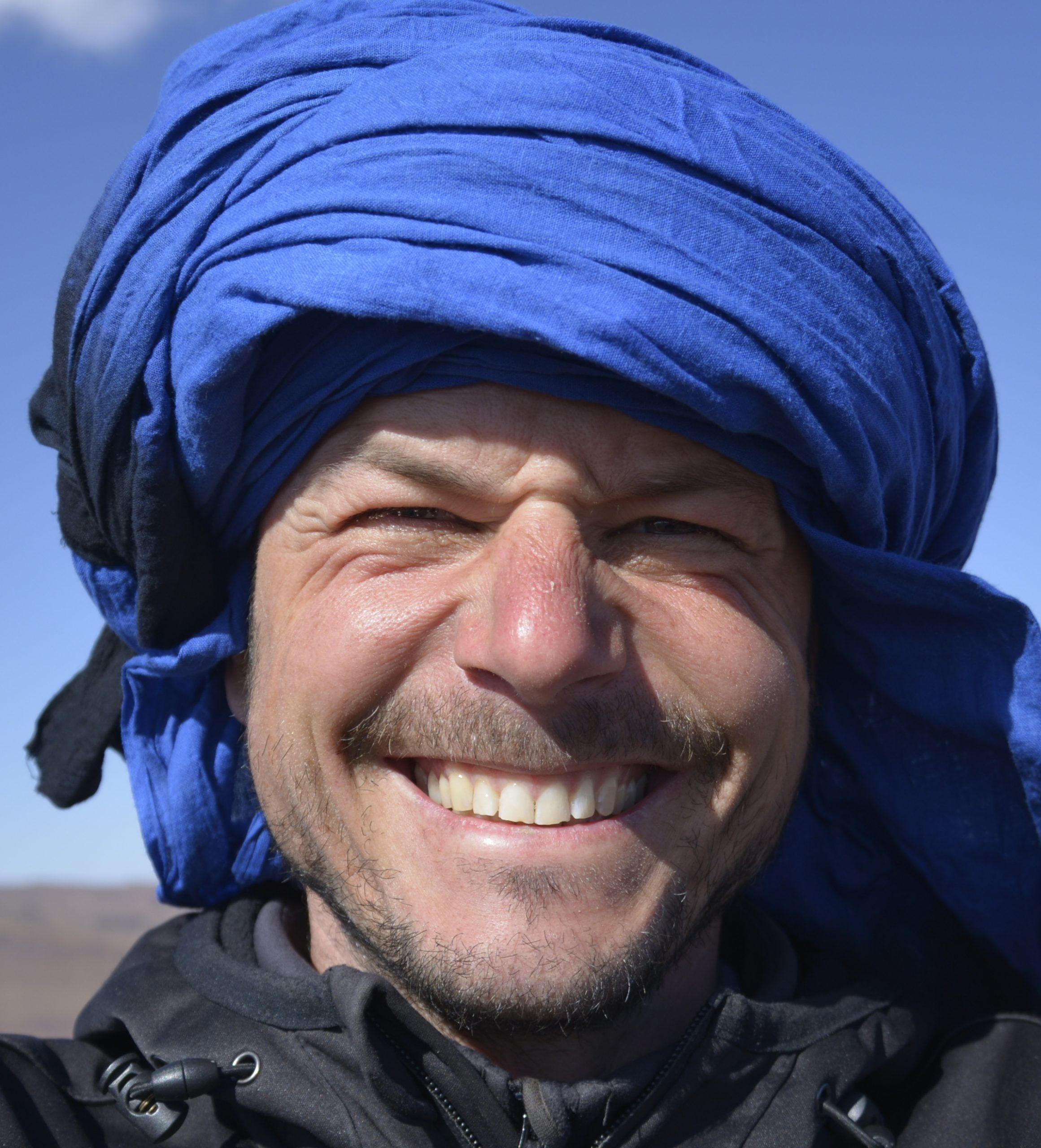 Coach Joerg Romstoetter in der Wüste