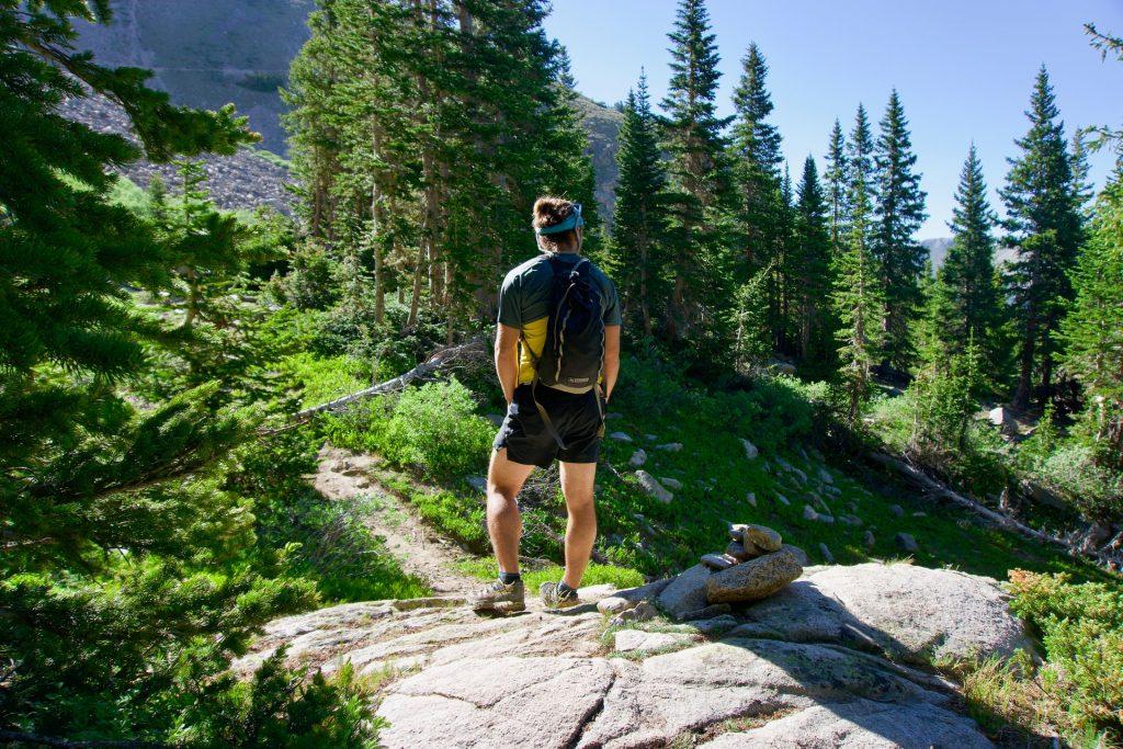 Durch Wanderungen in der Natur, Abstand zum Alltag und Zeit für intensive Reflexion und Neuausrichtung gewinnen.