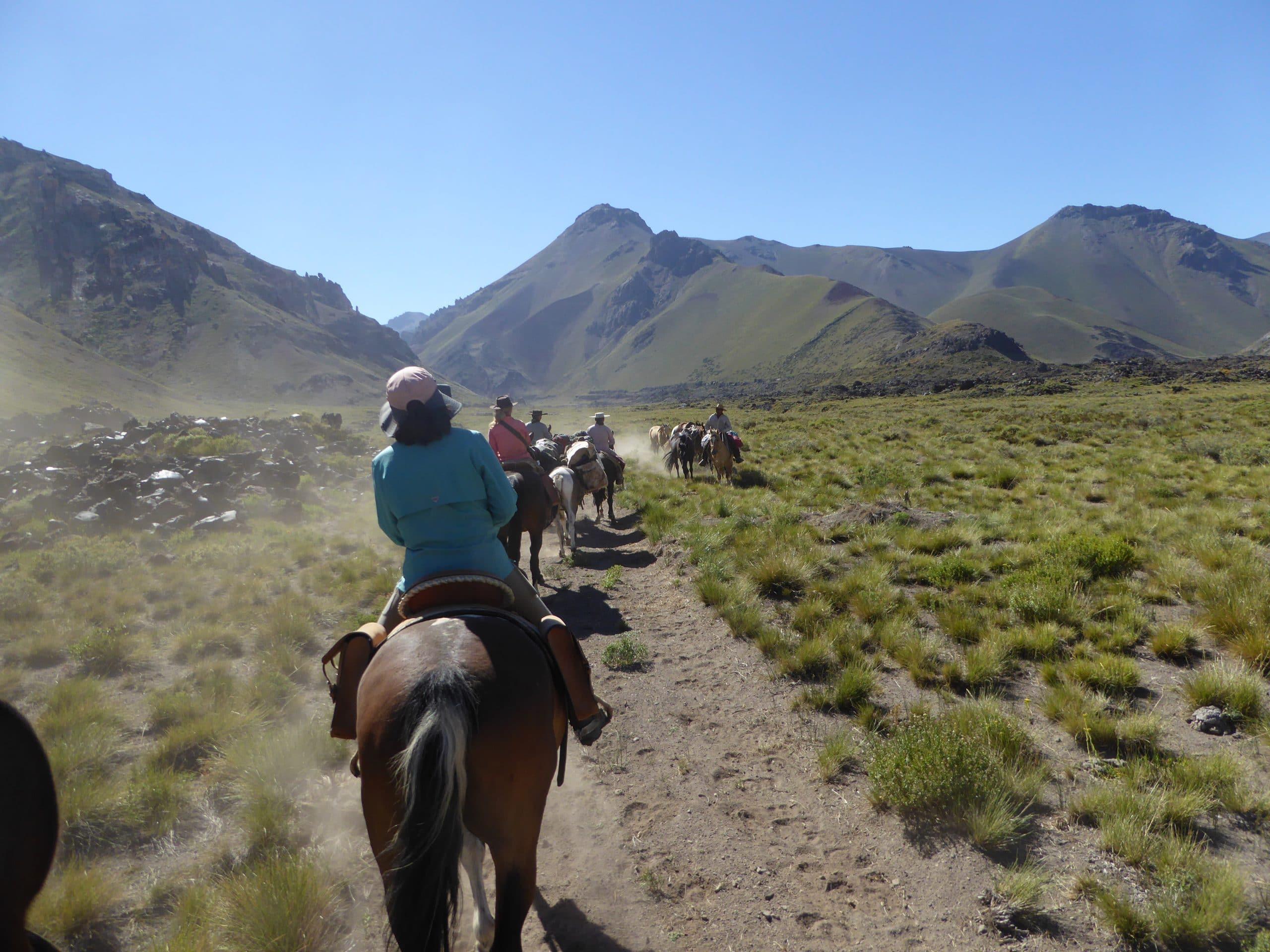 gemütlicher Ritt in den Anden